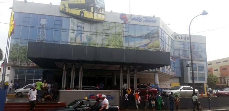 Dworzec autobusowy w Santo Domingo