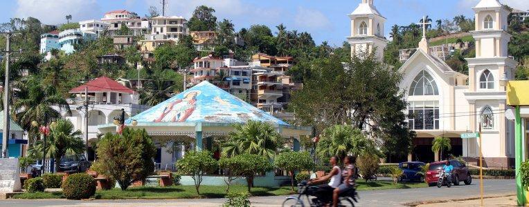 Miasto Santa Barbara de Samana, Dominikana