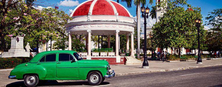 Kuba - przewodnik, opis miast, jak dojechać, transport
