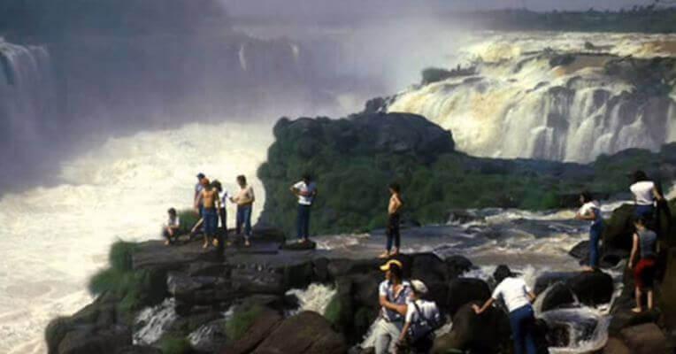 Wodospad Guairá na granicy Paragwaju i Brazylii - znikł w 1982 roku.
