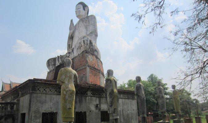 Wielki Budda pod Battambang