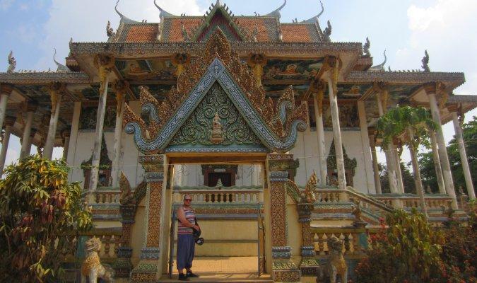 Wat Ek Phnom pod Battambang