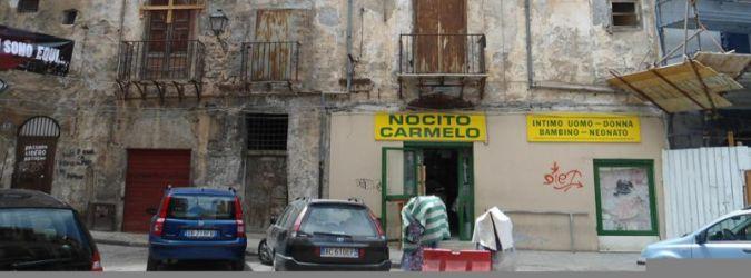 Jedna z uliczek w Palermo