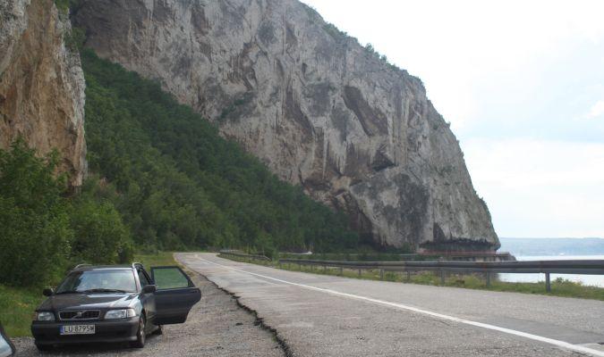 samochodem po Serbii