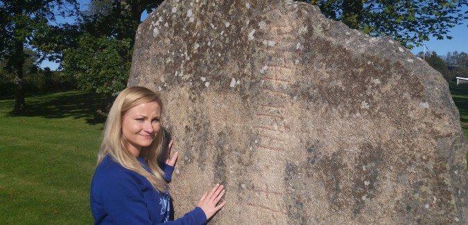Tanum - kamień z runami