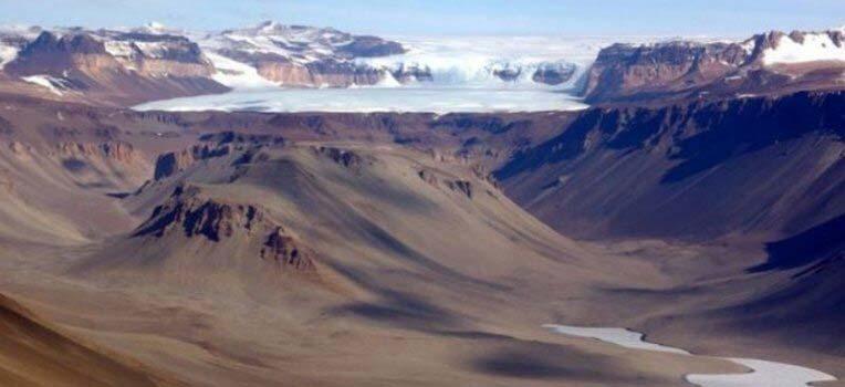 Dolina Wrighta na Antarktydzie
