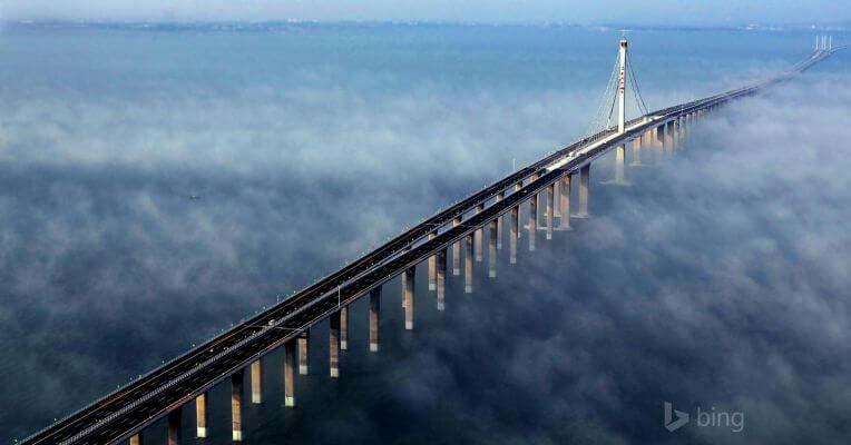 Najdłuższy most świata - most w zatoce Jiaozhou w Chinach